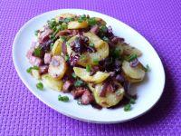Ziemniaki podsmażane z baleronem i cebulą