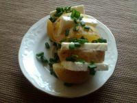 Ziemniaki z fetą i szczypiorem