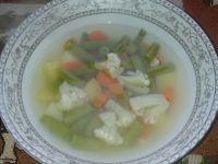 Zupa dla malucha z fasolką i kalafiorem