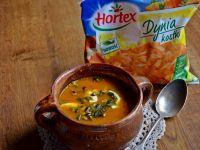 Zupa dyniowa z pestkami z dyni