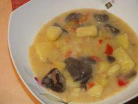Zupa grzybowa z porem i papryką