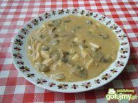 Zupa gulaszowa z pieczarkami