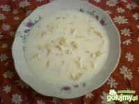 Zupa mleczna z kluseczkami