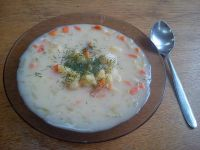 Zupa ogórkowa domowa