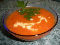 Zupa paprykowa z czosnkiem