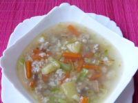 Zupa warzywna z kaszą na podrobach