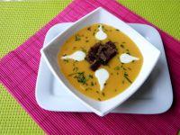 Zupa z dyni z grzankami