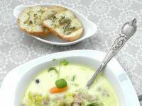 Zupa z pora z serkiem i mięsem mielonym