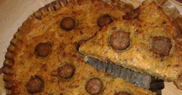 Babka z tartych ziemniaków z kiełbasą