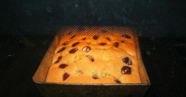 Bardzo prosty placek z czereśniami - W piekarniku!