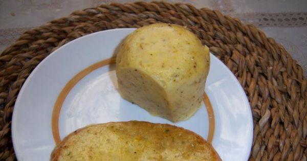 Biały ser smażony - ser smażony z ziołami