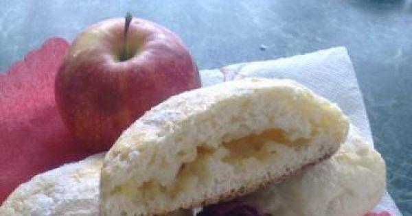 Bułki drożdżowe z jabłkiem - Bułeczki z musem;)