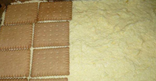 Ciasto cytrynowe z galaretką - Na biszkopt wyłożyć mase cytrynową oraz herbatniki