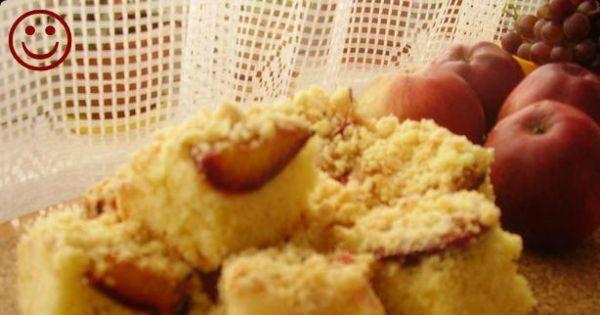 Ciasto kruche z owocami i kruszonką - Pyszne ciasto na koniec lata.