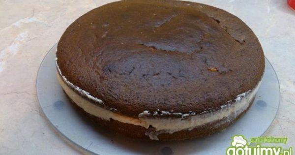 Ciasto makowe z kremem  - zakryć krem drugim plackiem i schłodzić ciasto