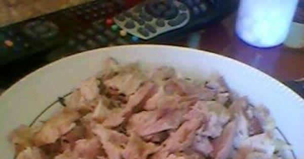 Flaki wołowe z kurczakiem - mięso i żołądki dosyć drobno kroimy i wrzucamy do prawie miękkich flaków