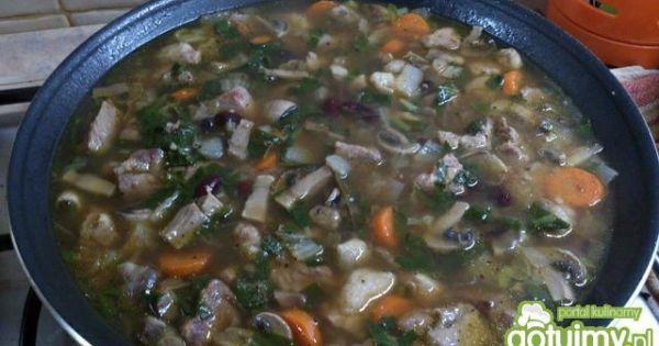 Gulasz wieprzowo - warzywny do makaronu - gulasz dusić do miękkości mięsa i potem zagęścic mąką