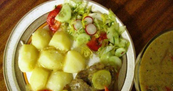 Gulasz wieprzowy z cukinia i papryka - Gulasz wieprzowy z cukinia i papryka