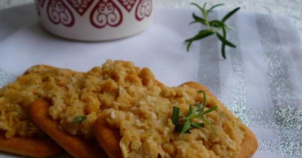 Hummus z cieciorki - Pomysł na ciekawą przekąskę, życzę smacznego ;)