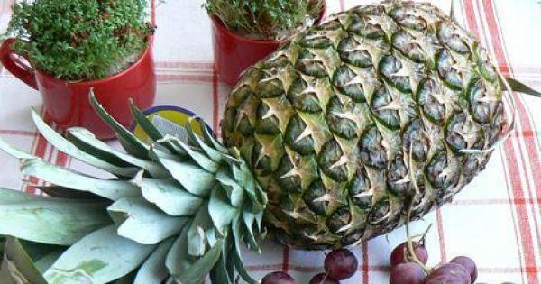 Kuskus z musem ananasowym z owocami - Ananas cały winogrono ciemne kiwi mandarynka