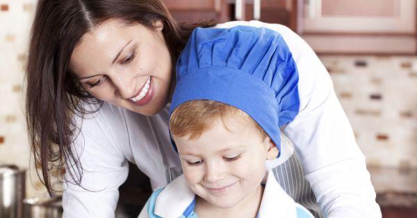 Mama gotuje z synem