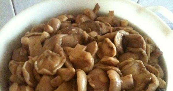 Maślaki w zalewie - grzybki gotujemy aż będą miękkie i przecedzamy