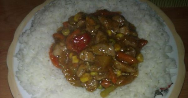 Mięsko z indyka z warzywami w sosie  - Świetnie smakuje również z makaronem typu świderki