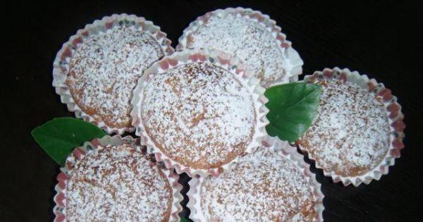 Muffiny korzenne z jabłkami - Gotowe muffinki z przyprawami i jablkiem