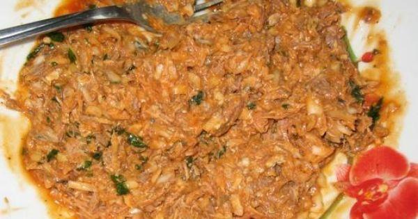Pasta kanapkowa z makrelą w pomidorach - dodac posiekana natke lub szczypiorek i wymieszać.