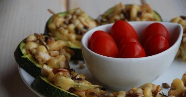 Pieczona cukinia z kurczakiem - Sezonowa przystawka - smaczna i zdrowa propozycja :)