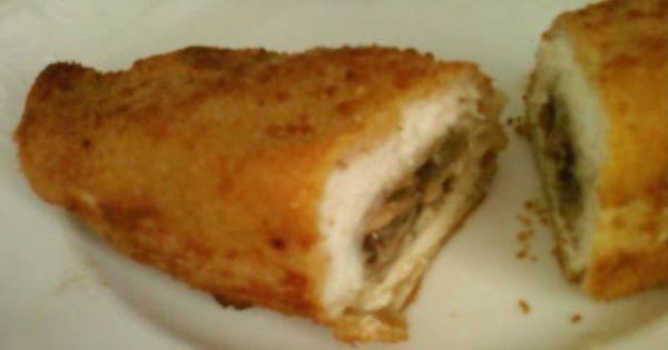 Pierś z kurczaka faszerowana pieczarkami