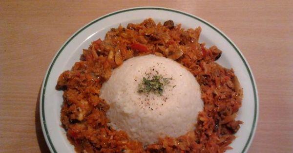 Potrawka z kaczki z kapustą, pieczarkami - Możemy ją podać z ryżem bądź zjeść z chlebkiem. Smacznego!