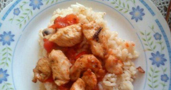 Risotto curry z kurczakiem i warzywami.  - Smaczne risotto.