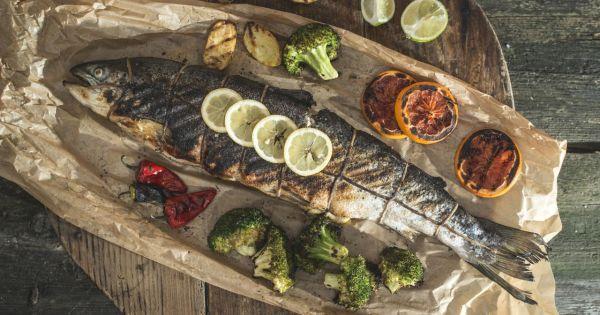 Ryba z grilla pieczona w całości