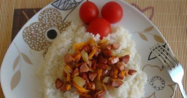 Ryż z mięsno-warzywną zasmażką - Ryż z zasmażką mięsno-warzywną i koktajlowymi pomidorkami