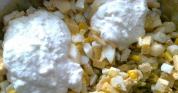 sałatka jajeczno-chrzanowa wg Zabecki - Dla lubiących łagodniejsze smaki zaleca się dodanie chrzanu śmietankowego.
