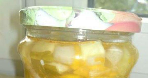 Sałatka warzywna w słoikach - bardzo apetyczna sałatka wielowarzywna w słoiku