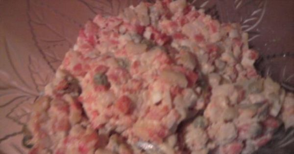 Sałatka warzywna z majonezem 2 - Gotowa sałatka warzywna, którą zawsze przygotowuję na niedzielę.