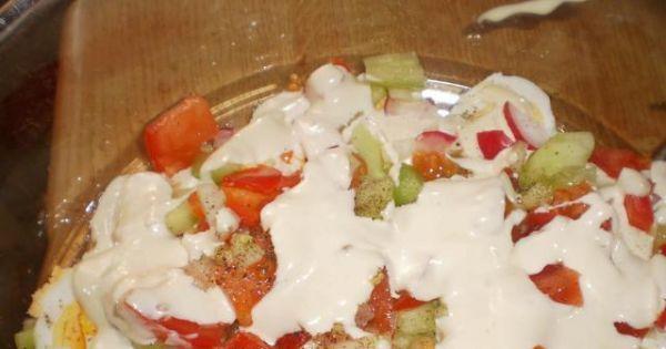 Sałatka Wielkanocna 4 - Bardzo dobra sałatka może być ozdobą sołu Wielkanocnego.