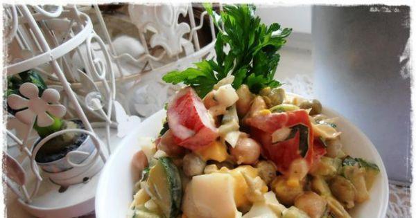 Sałatka z cieciorką i warzywami - Pyszna sałatka z cieciorką polecam jako dodatek do pieczywa