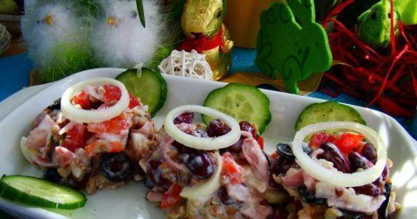 Sałatka z kaszy gryczanej - Lekka zdrowa sałatka z kaszy gryczanej z czerwona fasolą i szynką gotowaną