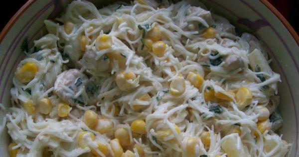Przepis Salatka Z Makaronem Ryzowym I Ananasem Przepis Gotujmy Pl