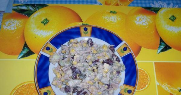 Salatka z tunczykiem - Salatka z tunczykiem