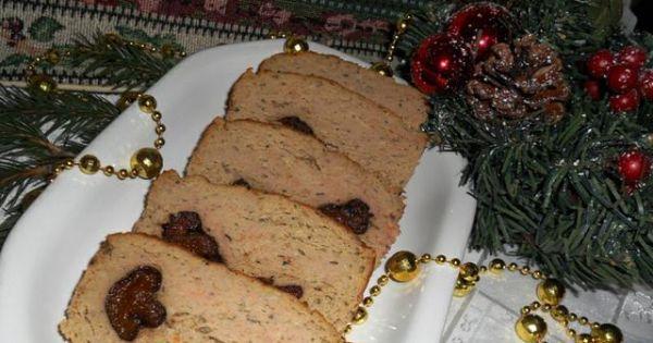 Świąteczny pasztet z królika - Pyszny świąteczny pasztet z królika z grzybami i śliwkami.