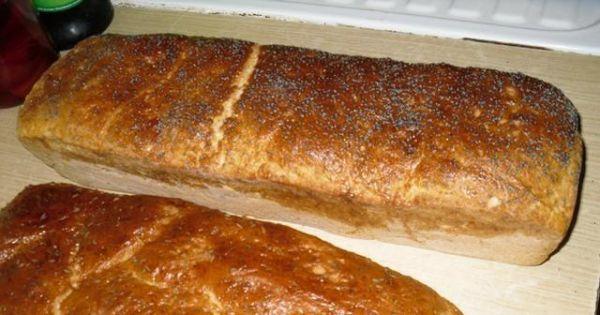 Swojski chleb - bochenki wyjmujemy odrazu z blaszek