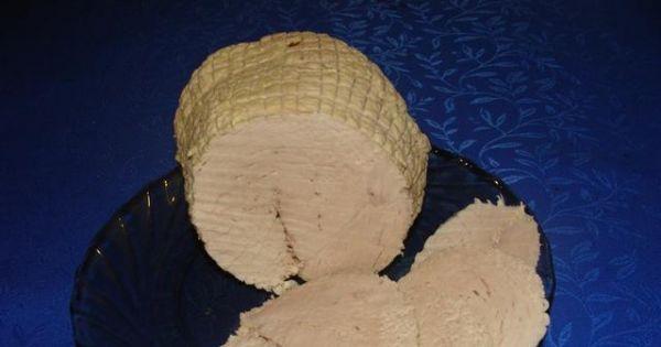 Szynka gotowana - Bardzo łatwa do zrobienia szyneczka dobra na ciepło z sosikiem, jak i na zimno do chlebka.