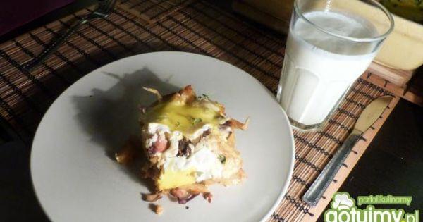 Zapiekanka ziemniaczana z grzybami - Kawałek zapiekanki z maślanką, pychotka :)