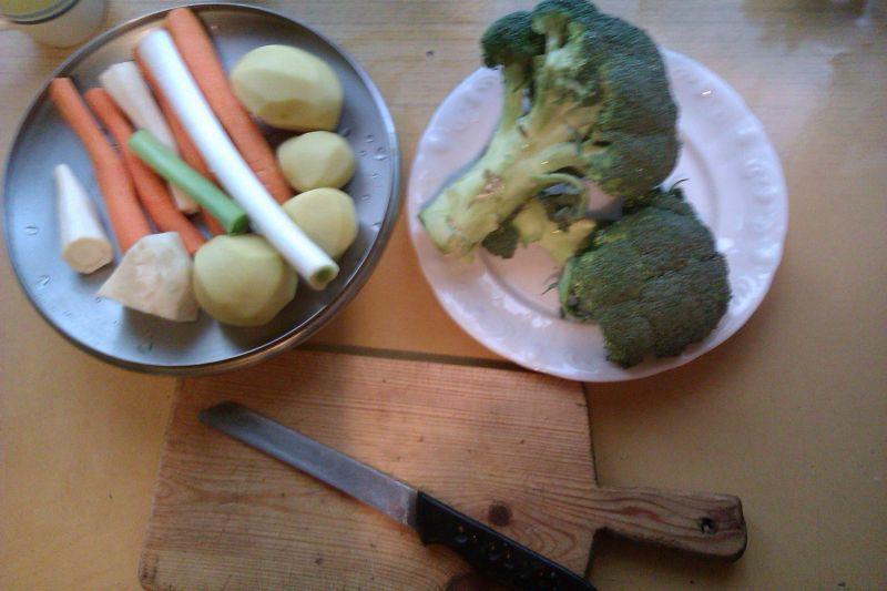Aksamitny krem brokułowy