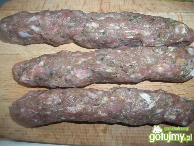 A'la hot-dogi z mięsem mielonym
