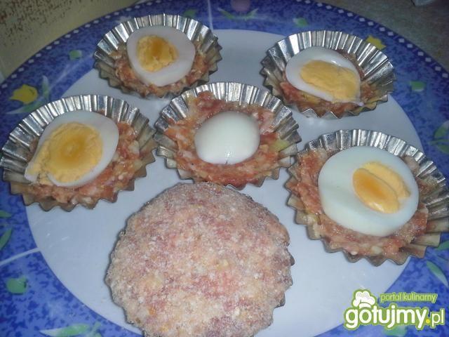 Babeczki mięsne z jajkiem